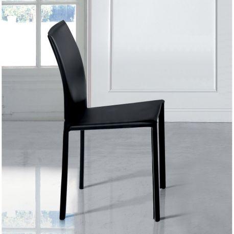 Aurora una silla muy directa