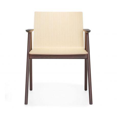 Osaka 2815, un trono donde sentarse