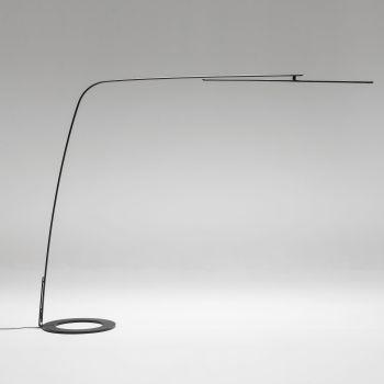 Stealth, genio y finura en esta lámpara con pantalla giratoria