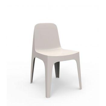 Ligera como una pluma, sólida como una roca así es la silla Solid