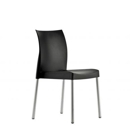 Silla de diseño Ice de Pedrali, color negro