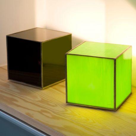 Lámpara de mesa Doscubos DO01G de Arturo Álvarez