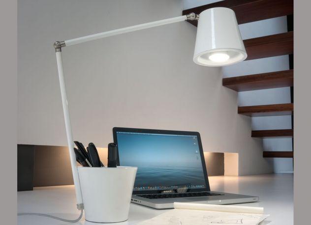 Lámpara de mesa Cap de Almerich. Blanco
